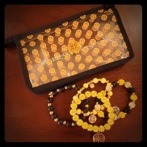 Rustic Cuff Bumblebee Bracelet Set (Black/Yellow)